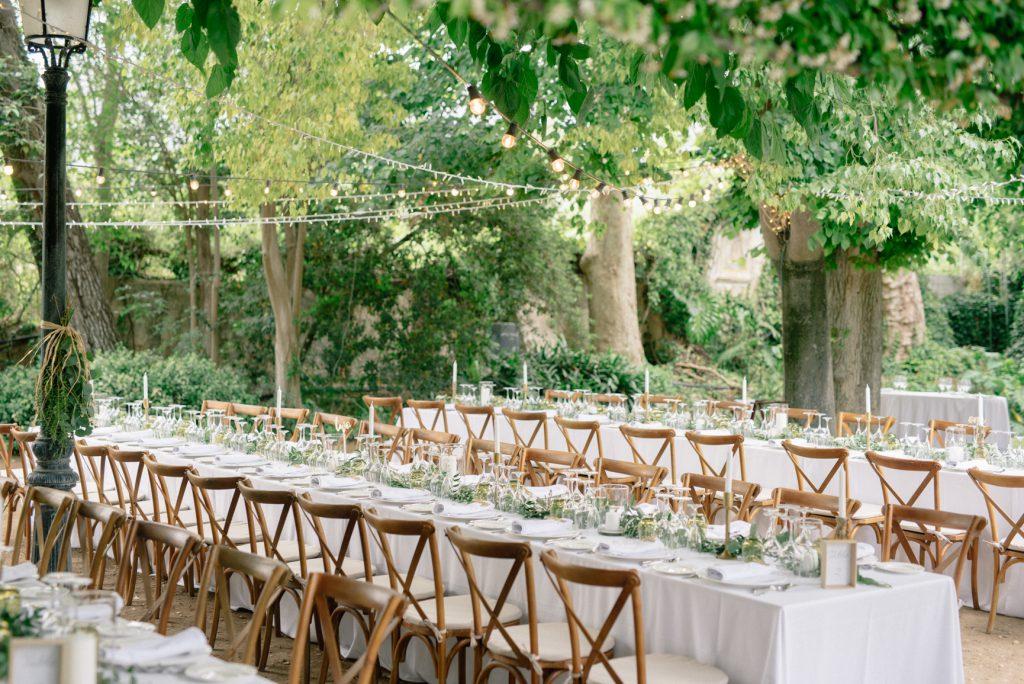 montaje mesa boda casa santonja al aire libre